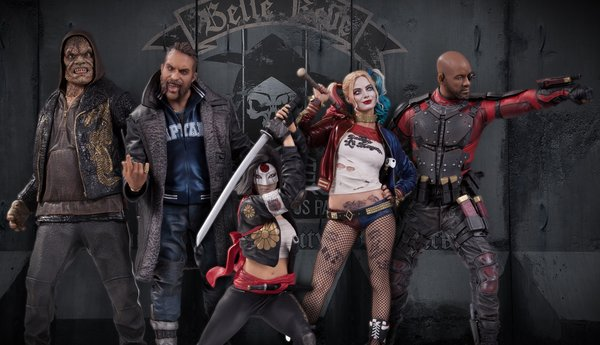 00_Suicide_Squad_Statues__scaled_600