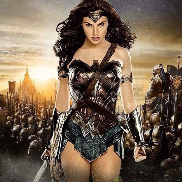Batman v Superman Wonder Woman solo thumb