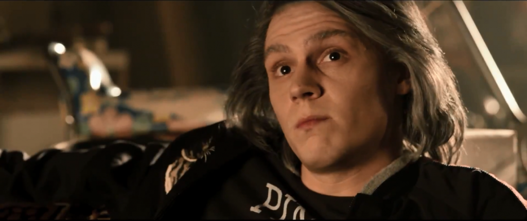 Quicksilver_talking_to_the_X-Men