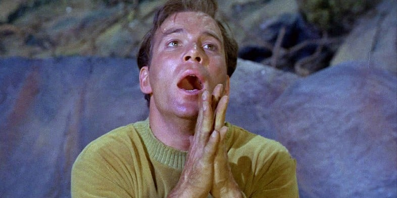 William-Shatner-Captain-Kirk-Praying
