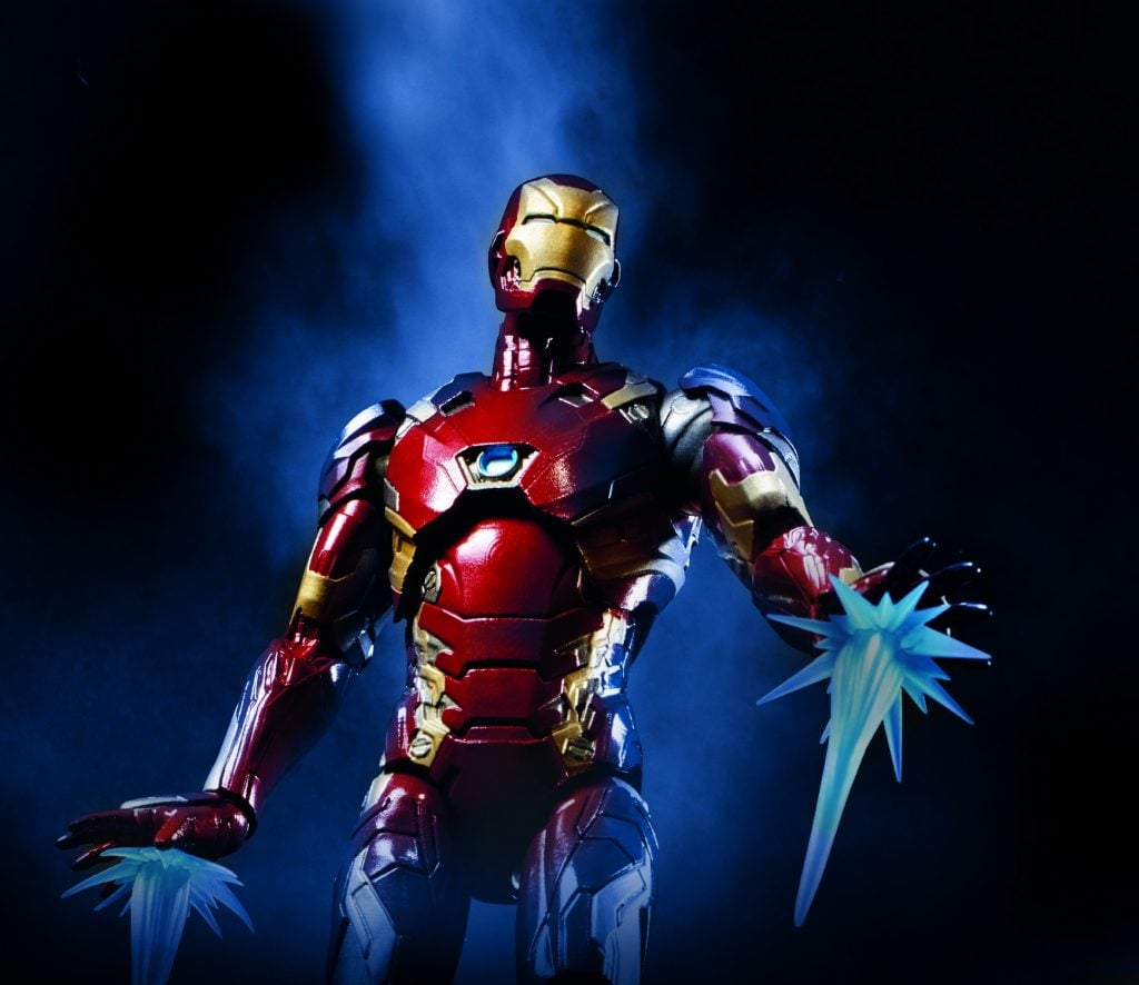Civil-War-6-Inch-Legend-Iron-Man