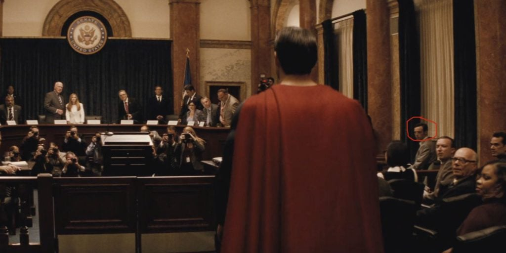 Scoot-McNairy-in-Batman-v-Superman-with-circle