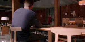 arrow felicity leaves oliver