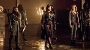 arrow nyssa and troops