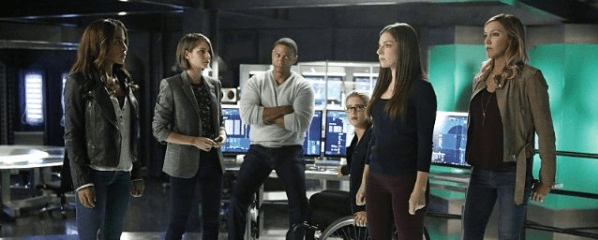 arrow team meering with vixen and samantha