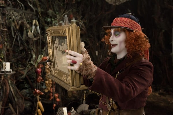 johnny-depp-alice-through-the-looking-glass-600x400