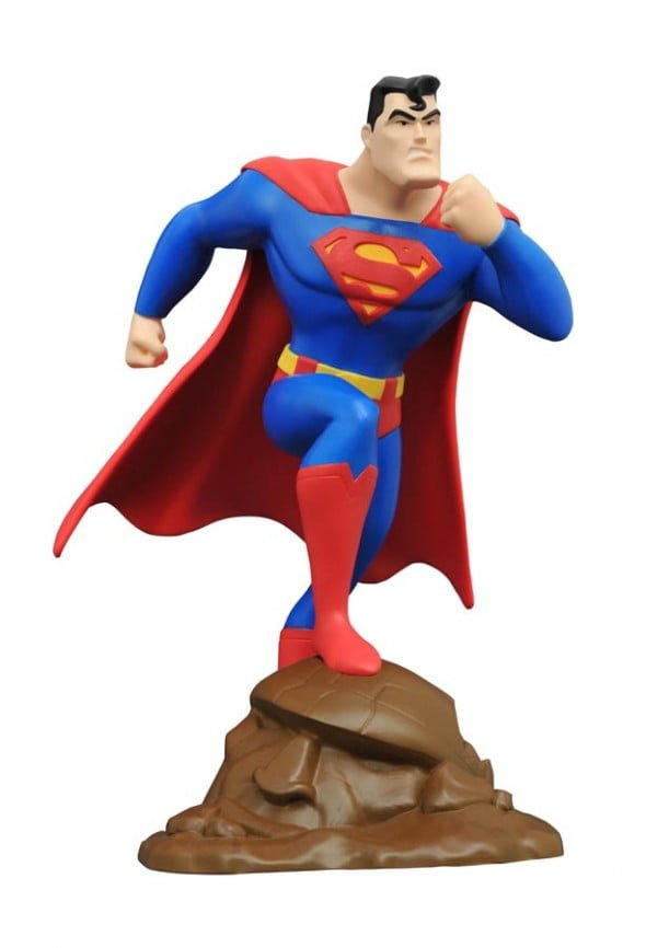 DCSupermanPvcFigure-590x866