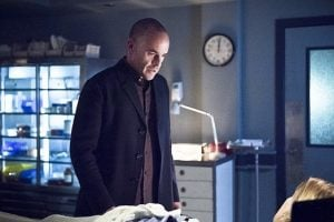 arrow quentin morgue body of laurel