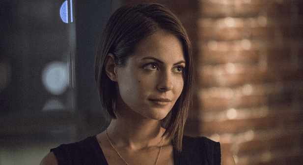 Willa Holland Thea Queen Arrow