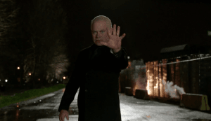 arrow darhk stops mobile truck