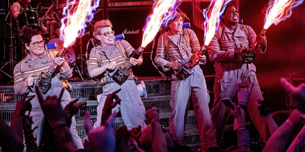ghostbusters-2016-cast-proton-packs