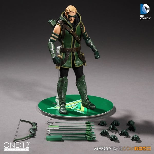 mezco green arrow 2
