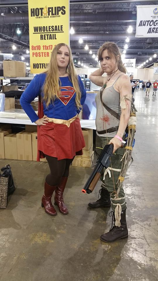 Supergirl Lara Croft Wizard World Philadelphia 2016