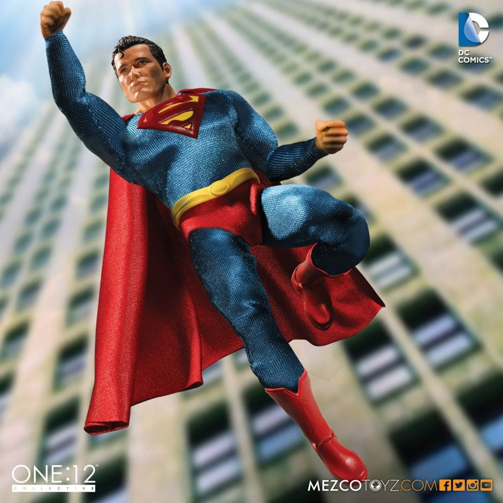 Mezco-One12-Collective-DC-Superman-001