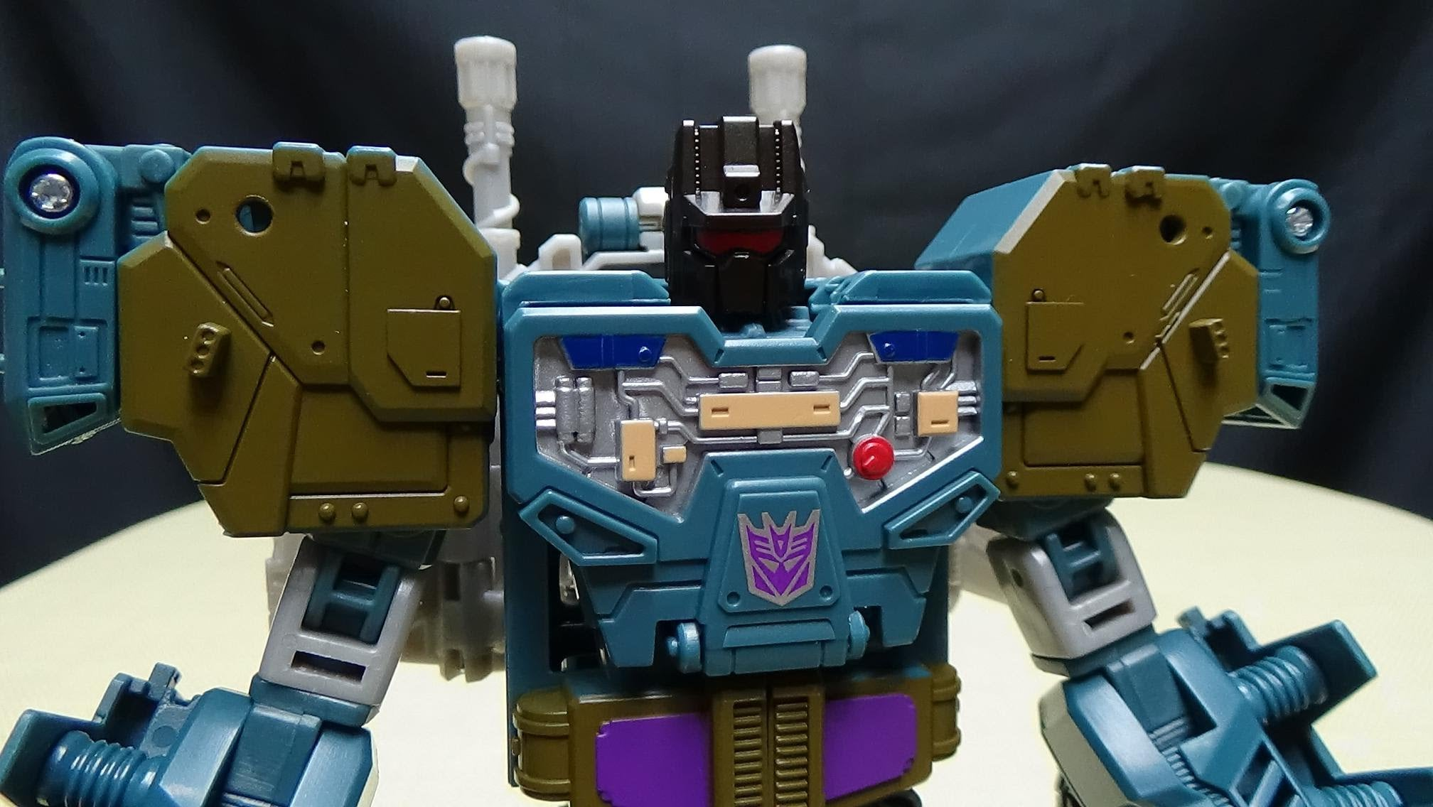 Onslaught-Transformers