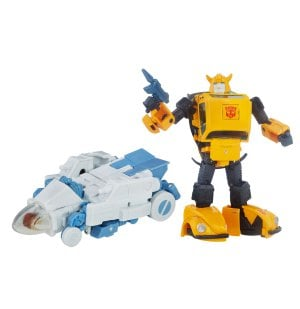 TRANSFORMERS-Generations-Masterpiece-Bumblebee-1