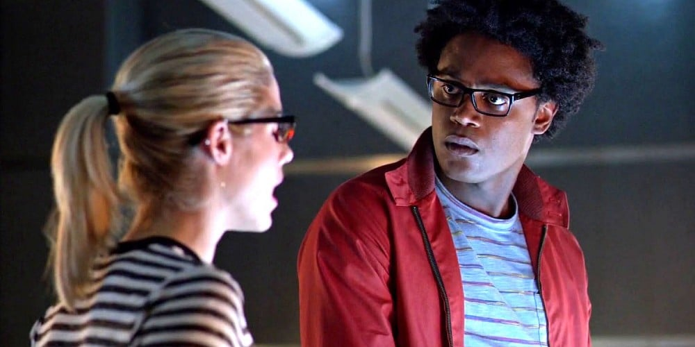 Emily-Bett-Rickards-and-Echo-Kellum-as-Curtis-Holt-in-Arrow-season-4