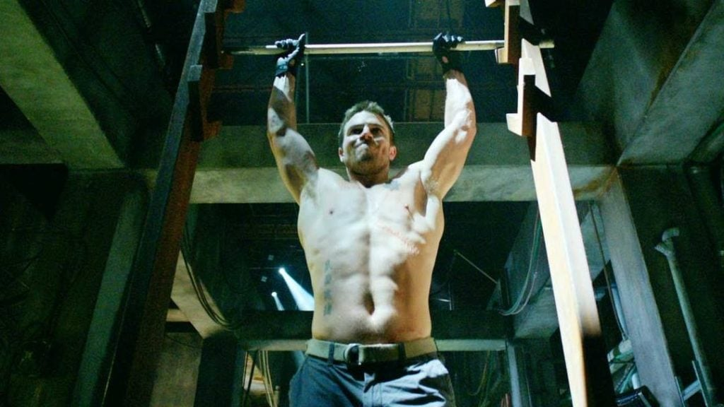 arrow-salmon-ladder stephen amell