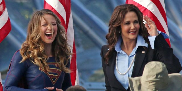 *EXCLUSIVE* Melissa Benoist and Lynda Carter crack a few jokes on set of 'Supergirl'