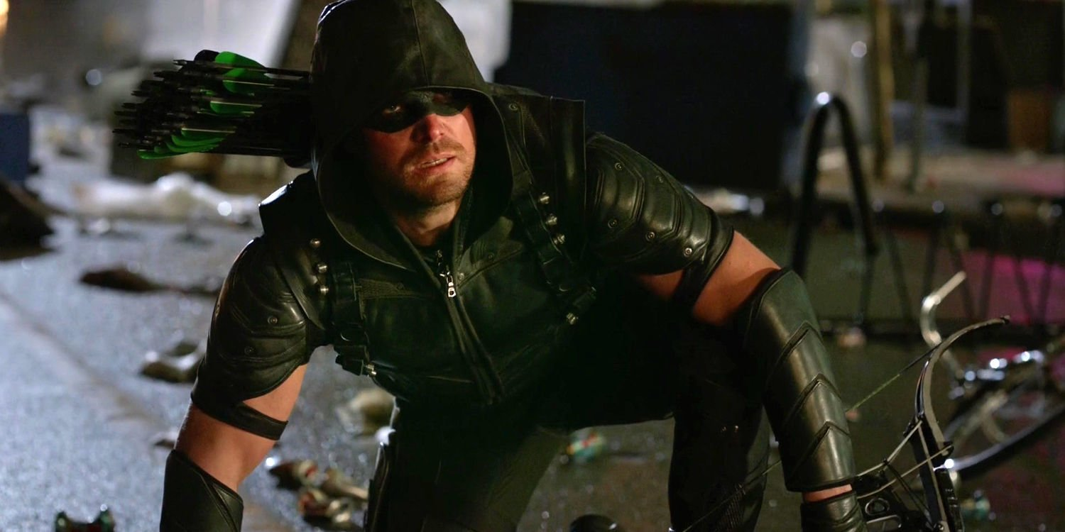 stephen-amell-as-oliver-queen-in-arrow-season-5