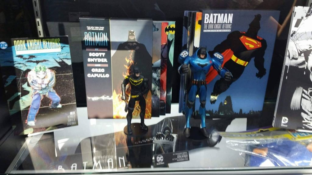 dc-collectibles-nycc-2016-16