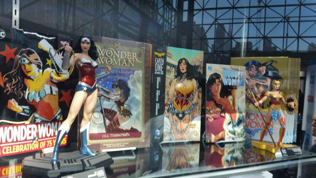 dc-collectibles-nycc-2016-18
