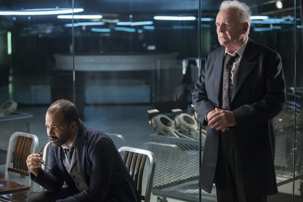 jeffrey-wright-as-bernard-lowe-and-anthony-hopkins-as-dr-robert-ford-westworld