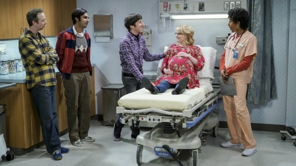 bbt-wolowitz-clan-in-hospital-room