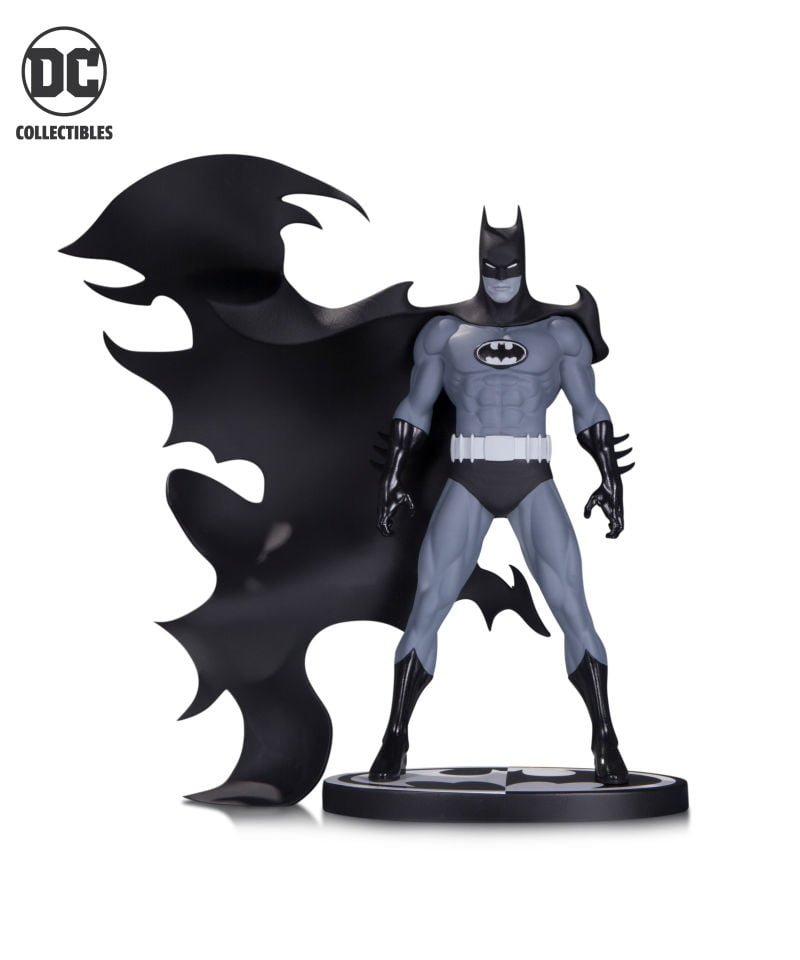 Batman-Black-and-White-Statue-Norm-Breyfogle