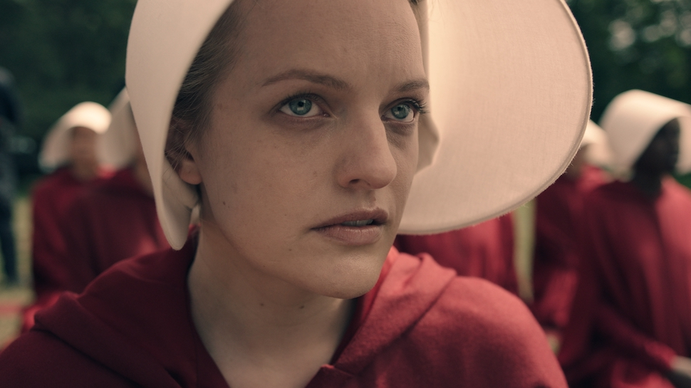 elisabeth-moss-offred the handmaid's tale