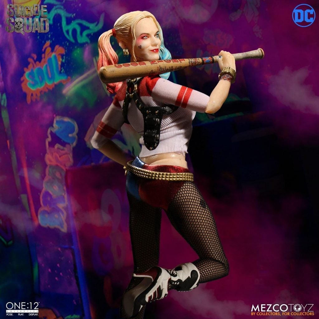 Mezco-One12-Collective-Harley-Quinn-001