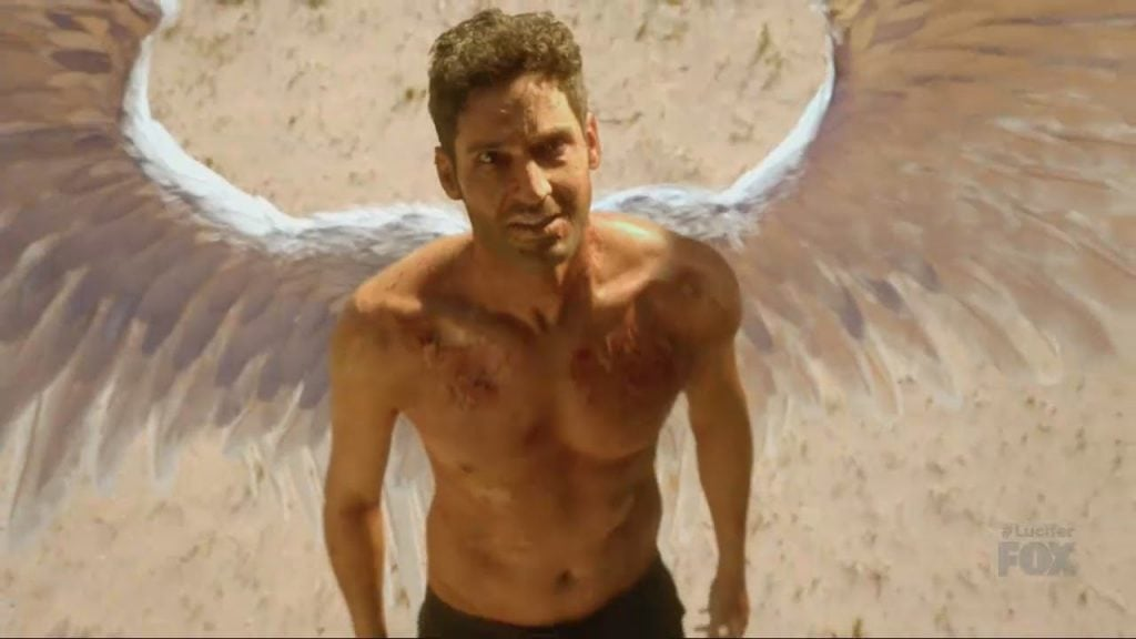 Lucifer finds himself in the desert and with wings.