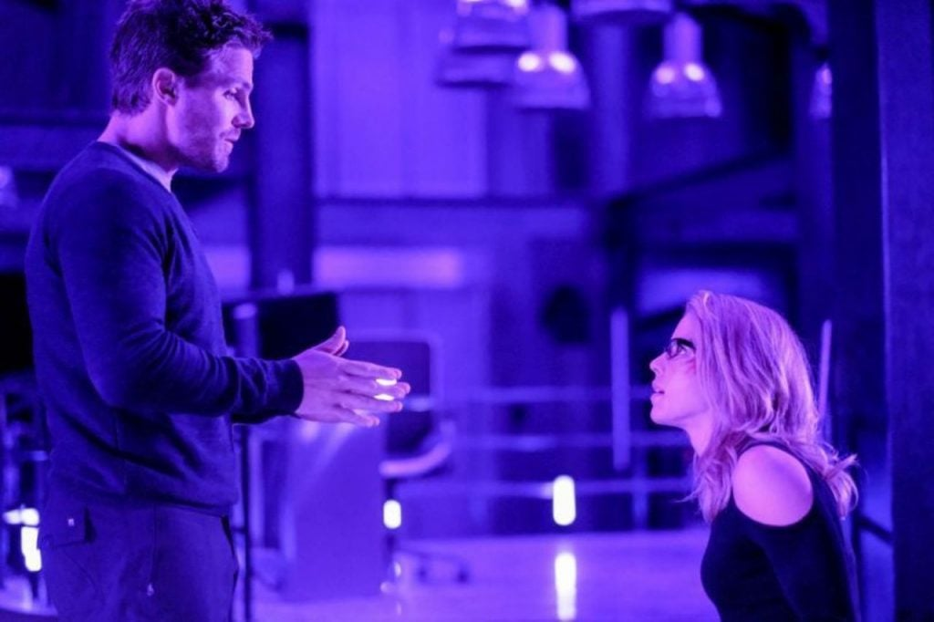 arrow oliver and felicity fight while trapped HEADER