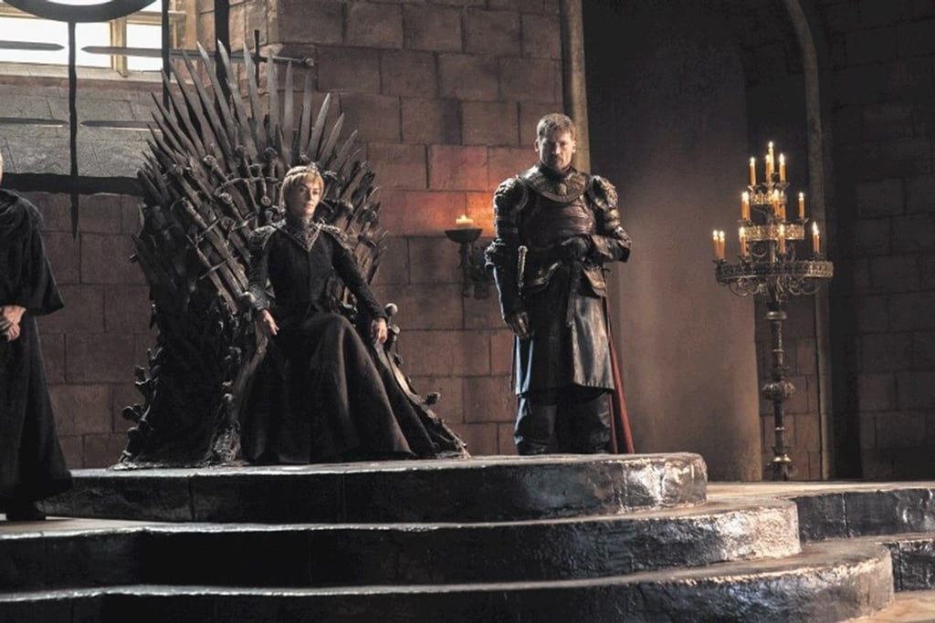 GOT 7 preview images lannisters iron throne