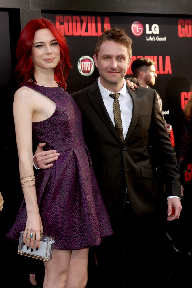 Chloe Dykstra and Chris Hardwick
