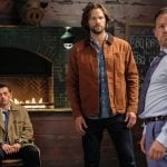 """Supernatural -- """"Stranger in a Strange Land"""" -- Image Number: SN1401b_0051b.jpg -- Pictured (L-R): Misha Collins as Castiel, Jared Padalecki as Sam and Dean Armstrong as Kip -- Photo: Bettina Strauss/The CW -- © 2018 The CW Network, LLC All Rights Reserved"""