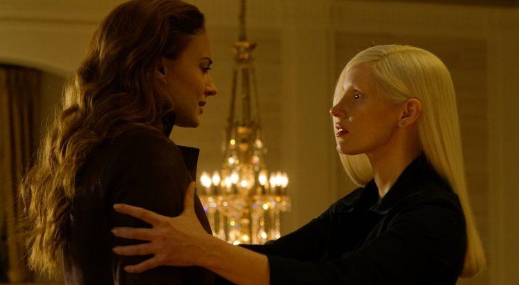 Sophie Turner And Jessica Chastain in Dark Phoenix