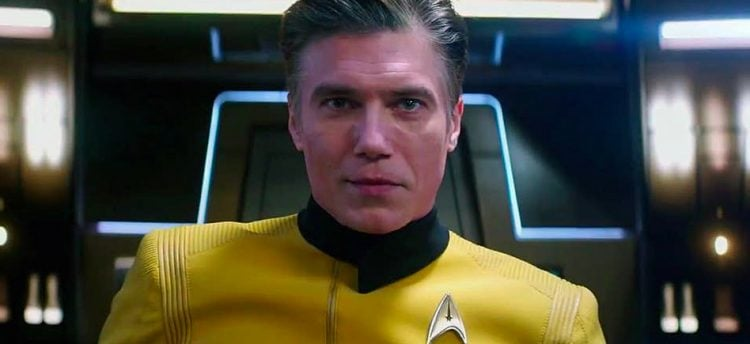 Anson Mount Hints At What This Season Holds For Captain Pike