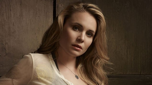 'Charmed' Will Welcome Fellow CW Guest-Stars Leah Pipes And Tyler Blackburn