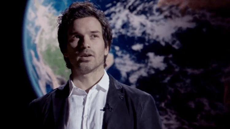 Picard Series Casts Santiago Cabrera And Michelle Hurd