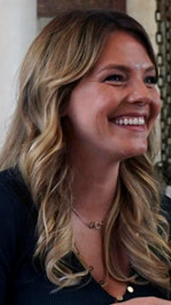 Eloise Mumford to star in 'The Right Stuff'