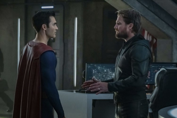 Crisis On Infinite Earths: The Arrowverse EPs Gather To Explain The Shocking Ending Of Part 1