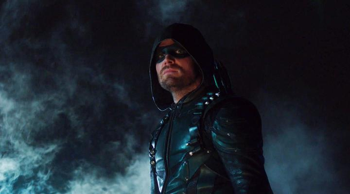 Steven Amell in Arrow suit