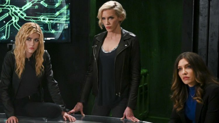 Green Arrow And The Canaries screen shot