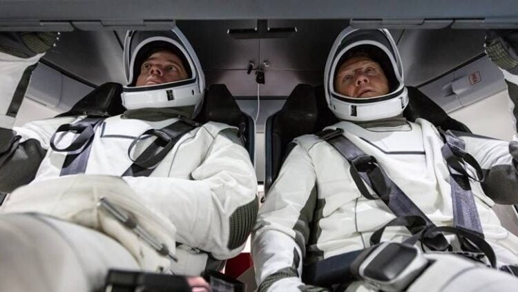 SpaceX Set To Launch Astronauts In Spring 2021 Mission